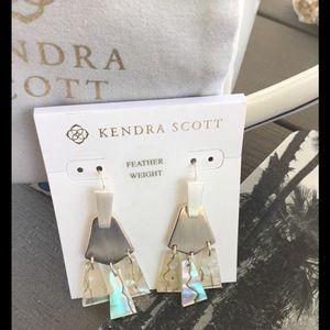 KENDRA SCOTT WHITE ABALONE SILVER EARRINGS NWT💎